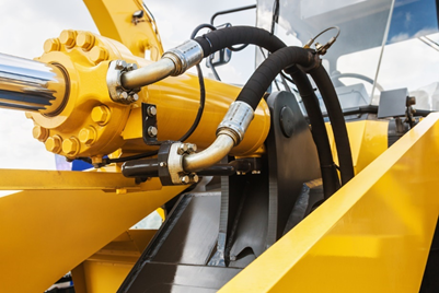 Why evaluate hydraulic fluid compatibility?